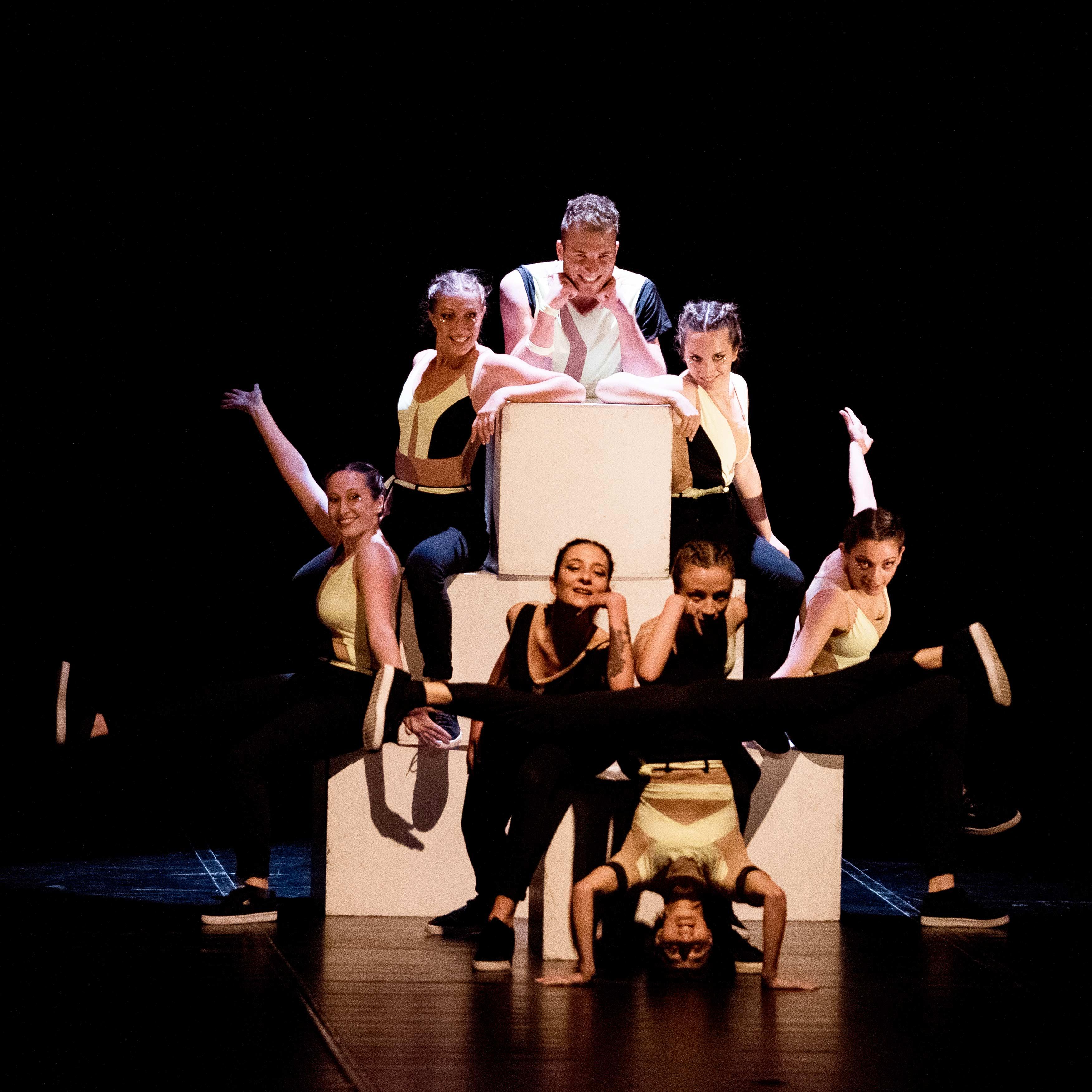 Mystes-Dance-Compay---Diretta da Gigi Nieddu---Florence-Dance-Center_Circle